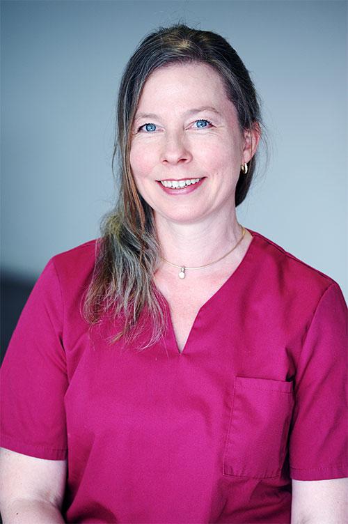 Steffi Hahn, Empfang & Assistenz